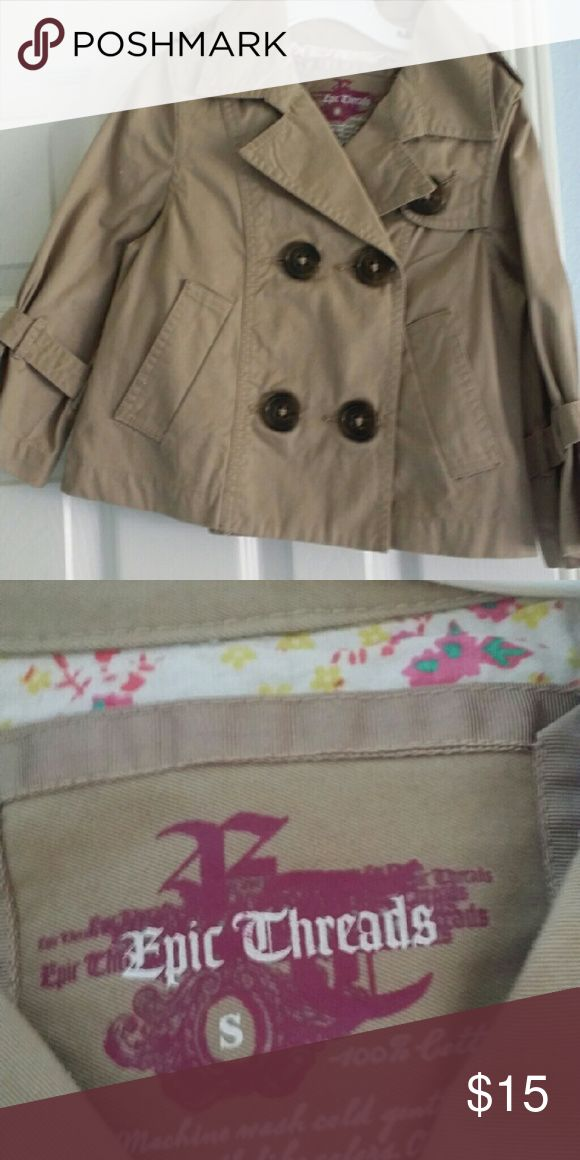 Girls trench coat cotton Like new girls khaki coat Epic Threads Jackets & Coats