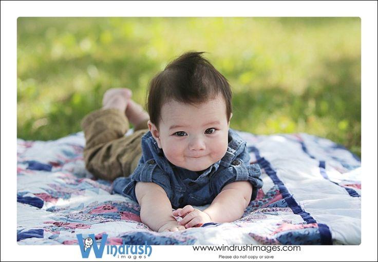 6 month old baby images, 6 month old photo shoot ideas, 6 month old baby boy poses, Calgary Baby Photography by Windrush Images,  Studio Baby Photographer, Baby Photographer in Calgary, Alberta, 6 - 11 month old baby images © Suzie Broadbent