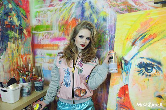 Olga Kalicka for MissSpark. Fashion/Styling: Agnieszka Iskierka. Pink BOTANICAL Bomber Jacket & Shiny Shorts available online: shop.missspark.com.
