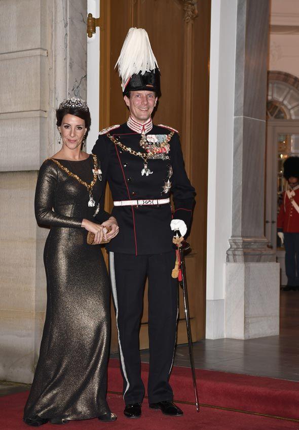 La Familia Real de Dinamarca demuestra que 'más es mucho más' en la solemne recepción de Año Nuevo - Foto 6