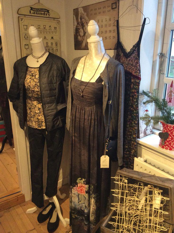 Tøj fra Container, Tina Wodstrup og Nice Things.