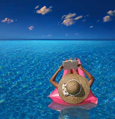 .Pink Summer, Life, Favorite Places, Dreams, The Ocean, Book, Beach, Relaxing, Reading Spots