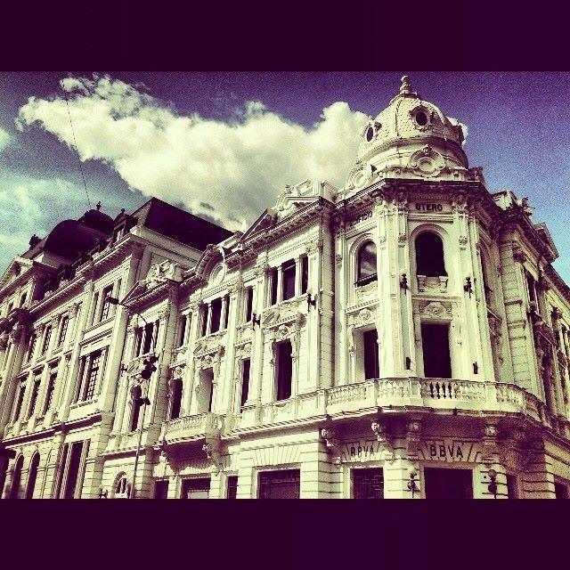 Que bella es la arquitectura de nuestra ciudad, vení y te das una vueltica por el centro de #Cali