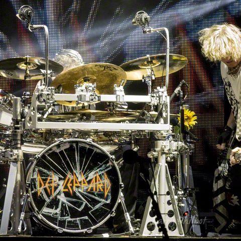 🤘 The 2 Def Ricks - Allen & Savage rockin' out on stage🤘  #defleppard #rockallen #ricksavage #rock #drums #bassguitar #bassplayer #drummer #1980s #80srock