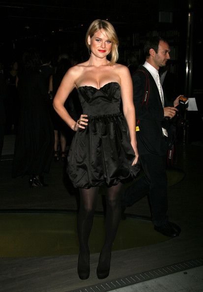 Alice Eve Stockings See Best Of Photos Of The Actress
