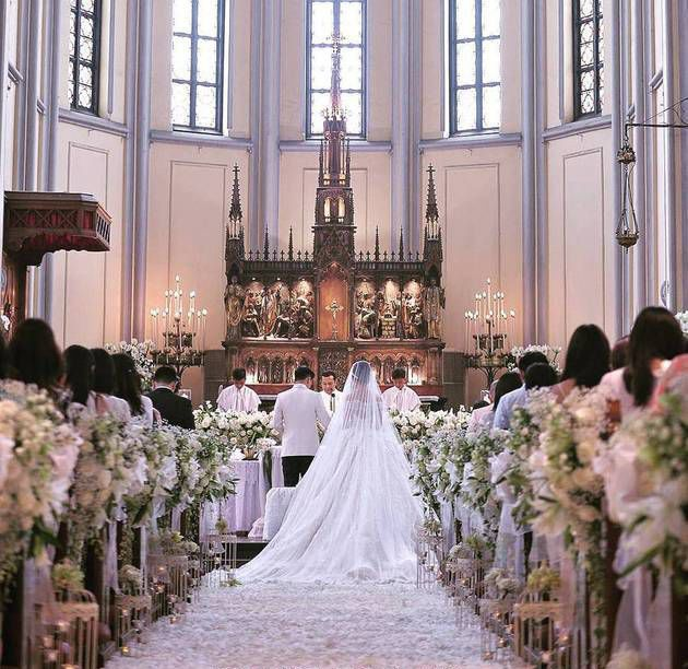 Beautiful Church Wedding Decorations: 1000+ Ideas About Church Ceremony On Pinterest