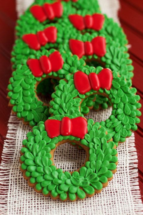 Easy Christmas Wreath Cookies