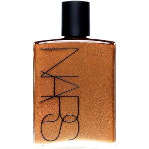 Calling all glamazons! You need this in your life! Nars Body Glow is a fab bronze body oil which transforms skin from pasty to gorgeously golden in an instant! Use this on your legs for a beautiful sheen that lasts all night.