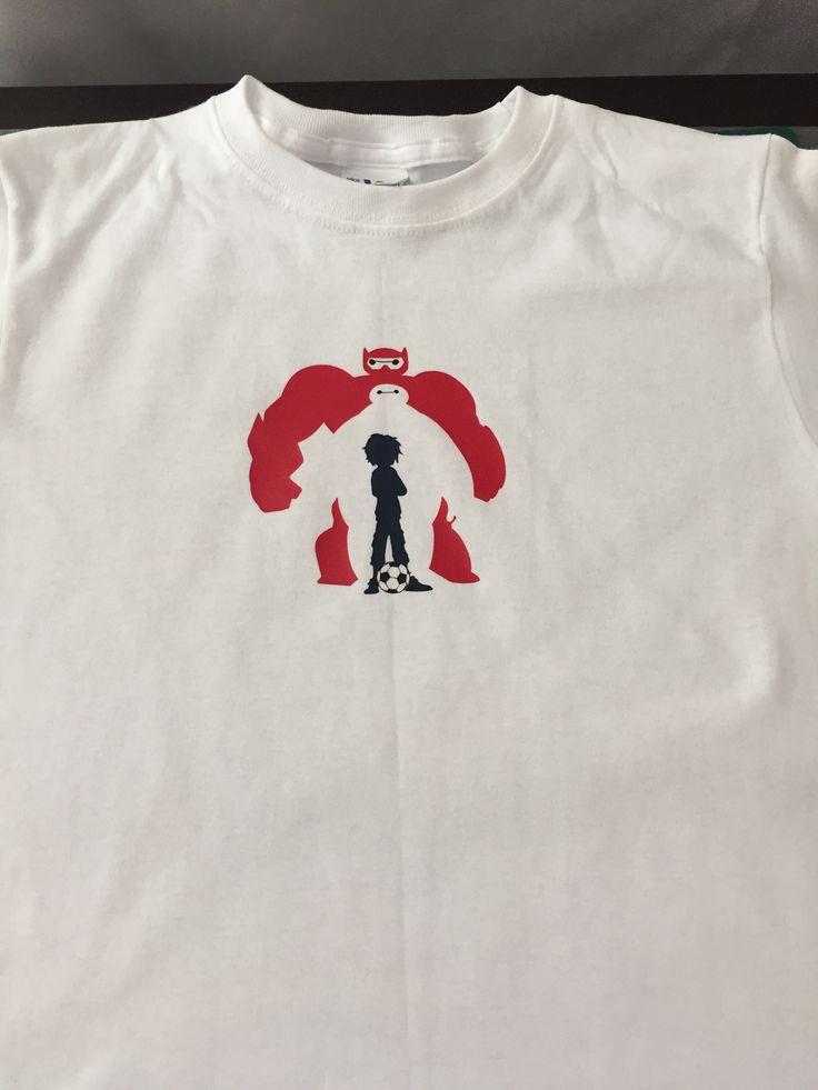 """Playera para niño 100% algodón personalizada en vinil textil """"Baymax"""" (frente)"""