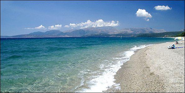 Μαυροβούνι, 2 χλμ νότια από το ΓύθειοINFO GUIDE | Μάνη: 10 παραλίες… χωρίς πολλά λόγια