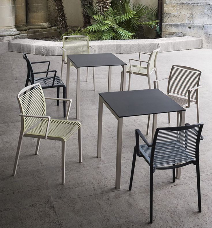 Sedie, sedie imbottite, sgabelli, sgabelli imbottiti, tavoli - Made in Italy | Gaber