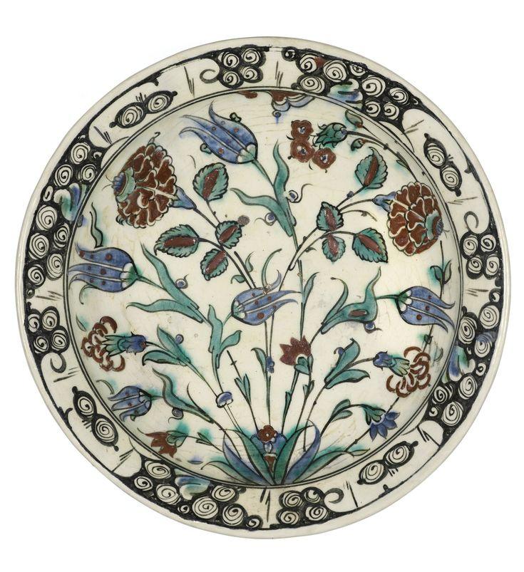 Iznik dish, Turkey, late 16th century 34cm. diam.