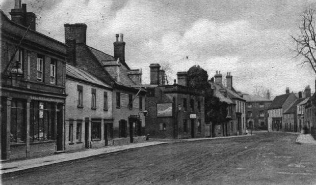 Picture of Chatteris - High Street, Chatteris c.1900