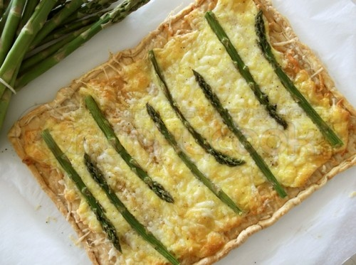 The best Asparagus Tart, Simple and extra Delicious!  http://www.funkycook.gr/