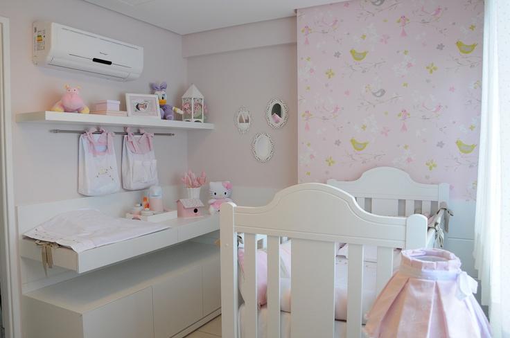Quarto bebê amarelo e rosa #projetojunejaim  Projetos Ju Nejaim  Pinterest