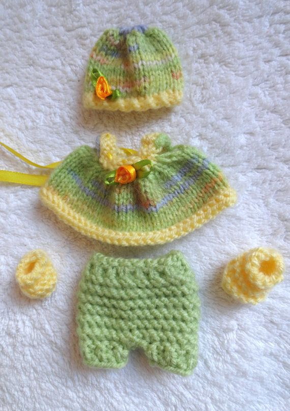 Check out this item in my Etsy shop https://www.etsy.com/listing/215935267/hand-knitted-dolls-clothes-for-25-3-ooak
