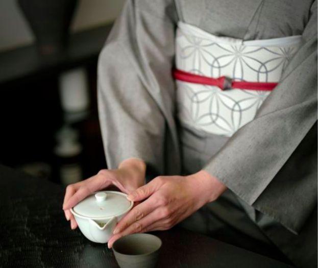 """日本の伝統的なファッション""""着物""""。海外からも美しいと称される着物を着て、日本文化にどっぷりと浸かってみませんか? 今回は、海外の人も日本人も楽しめる着物×和食のスペシャルプランをご紹介します。"""