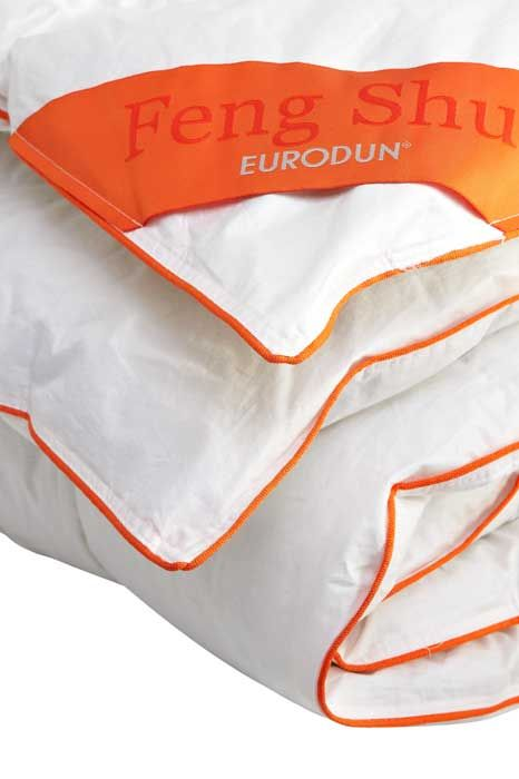 Warmer and cuddly duvet Feng Shui duvet series from Eurodun has been developed with a special focus on sleeping temperature and comfort. www.eurotex.dk