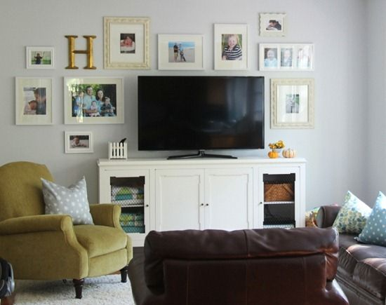 Wall Decor Behind Flat Screen Tv : Decorating around a flat screen tv living room ideas