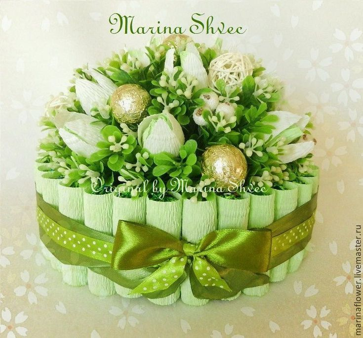 """Купить Букет из конфет торт """"Весенняя полянка"""" - зелёный, букет из конфет, Букеты из конфет, подарок"""