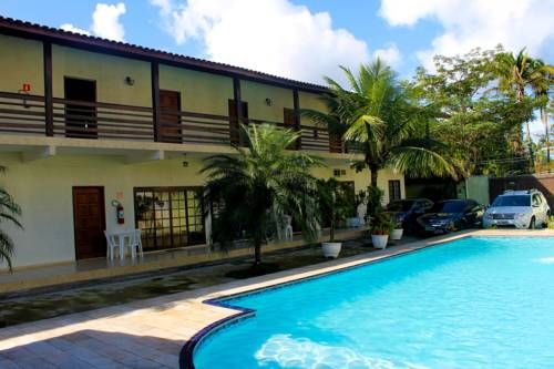 Pousada Marwille Guarujá Set in the Enseada district in Guarujá, 2.4 km from Guaruja Bus Station, Pousada Marwille boasts an outdoor pool and year-round outdoor pool.  Rooms come with a TV. The rooms include a private bathroom.  There is room service at the property.