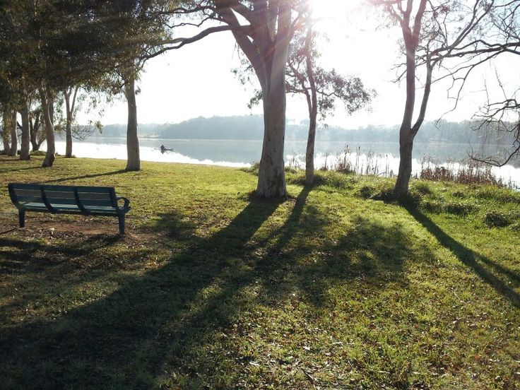 @- Lake Ginninderra, 1/8/2013.  The first day of the last month of winter!