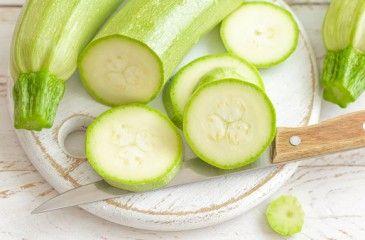 Салат из кабачков - рецепты на зиму с фото. Как приготовить вкусный салат из свежих и жареных кабачков