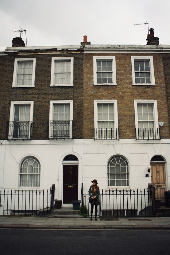 71 best streetscape images on pinterest landscape for Funky house london