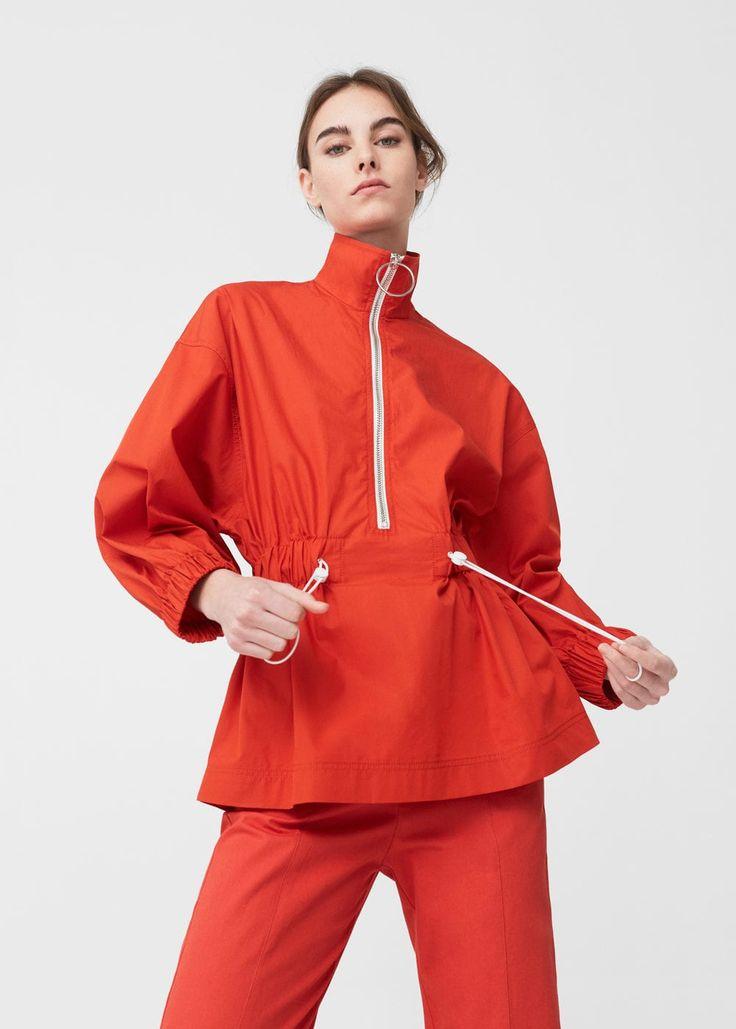 Blusa impermeable -  Mujer | MANGO España