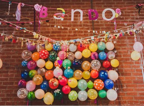 17 best ideas about balloon wall on pinterest balloon for Balloon backdrop decoration