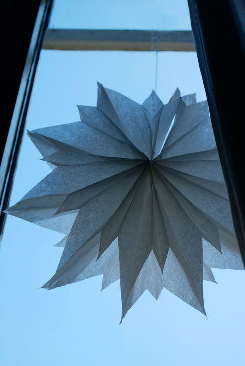 philuko: DIY: Ein Stern aus Butterbrottüten (!)