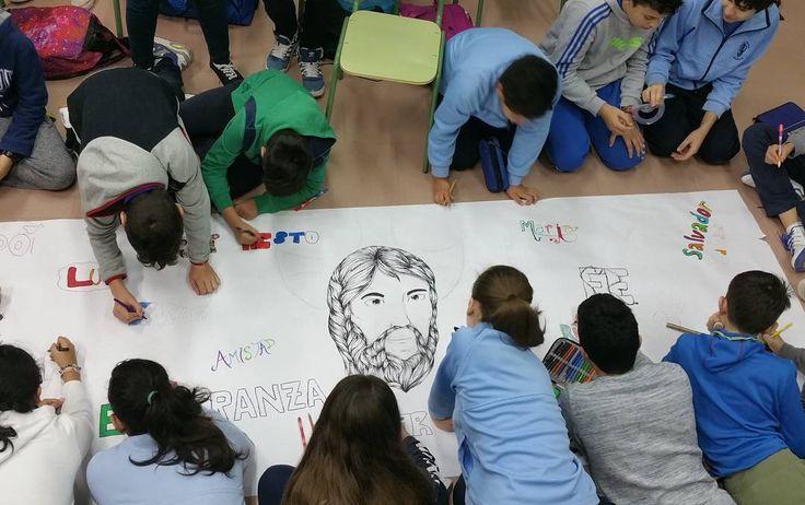 Espectacular mural sobre quién es Jesús en 2ESO @colegioamoros