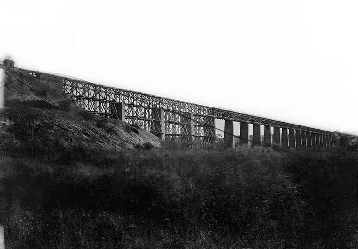 High bridge of the South Side Railroad across the Appomattox, c. 1865 http://en.wikipedia.org/wiki/High_Bridge_Trail_State_Park