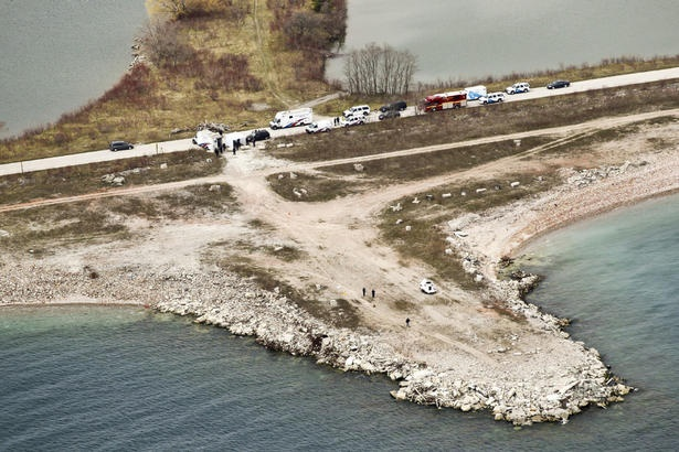 Toronto Star: Leslie Spit destruction of 'potentially explosive materials' fizzles #FreeByron: Explosive Materials, Fizzles Freebyron, Spit Destruction, Leslie Spit