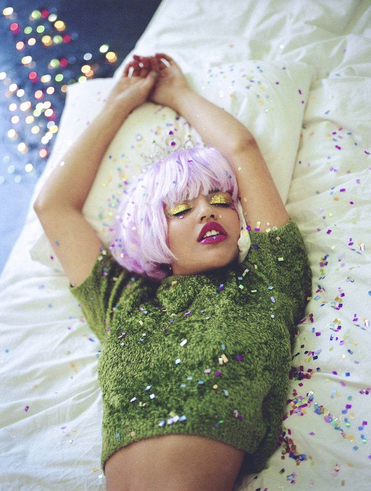 Confetti, pink hair and glitter. This is everything.
