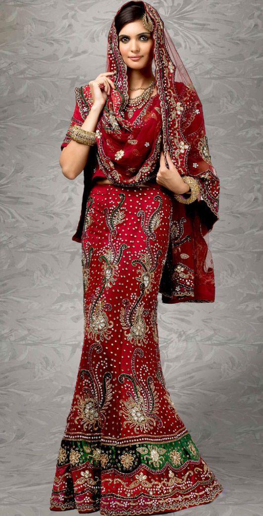 Pakistani Bridal Wear Lehenga    @ $560.51