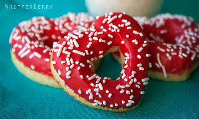 Adorable heart doughnuts (with recipe)