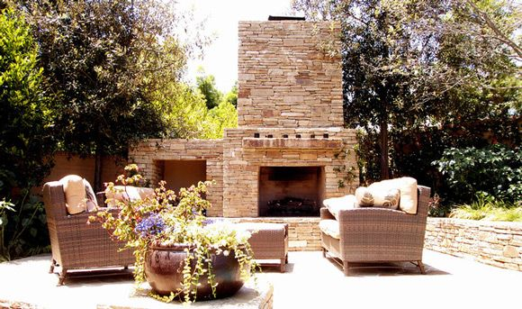 Outdoor Fireplace Decorating Ideas -- This is beautiful!!
