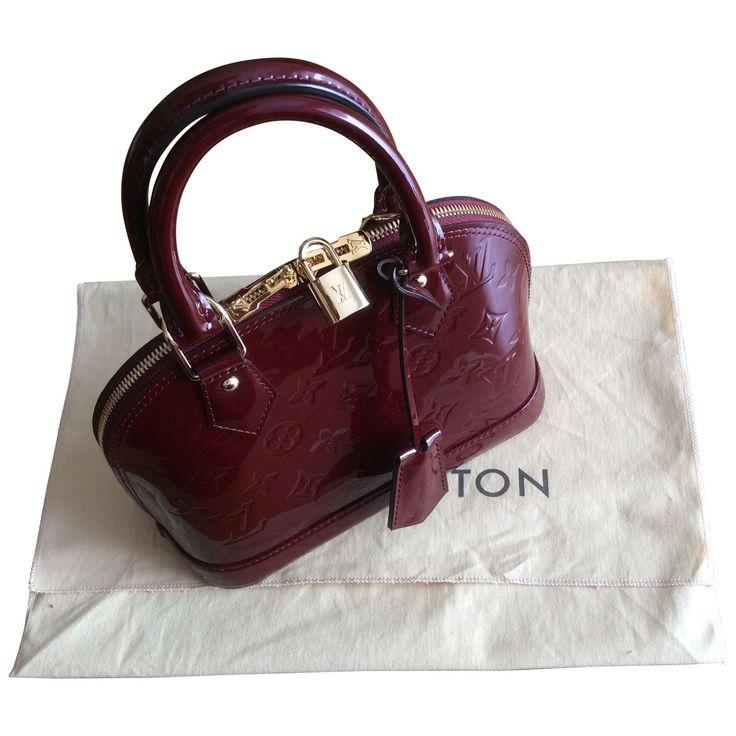 Magnifique sac Alma BB en cuir verni Louis Vuitton. 1150€ - neuf