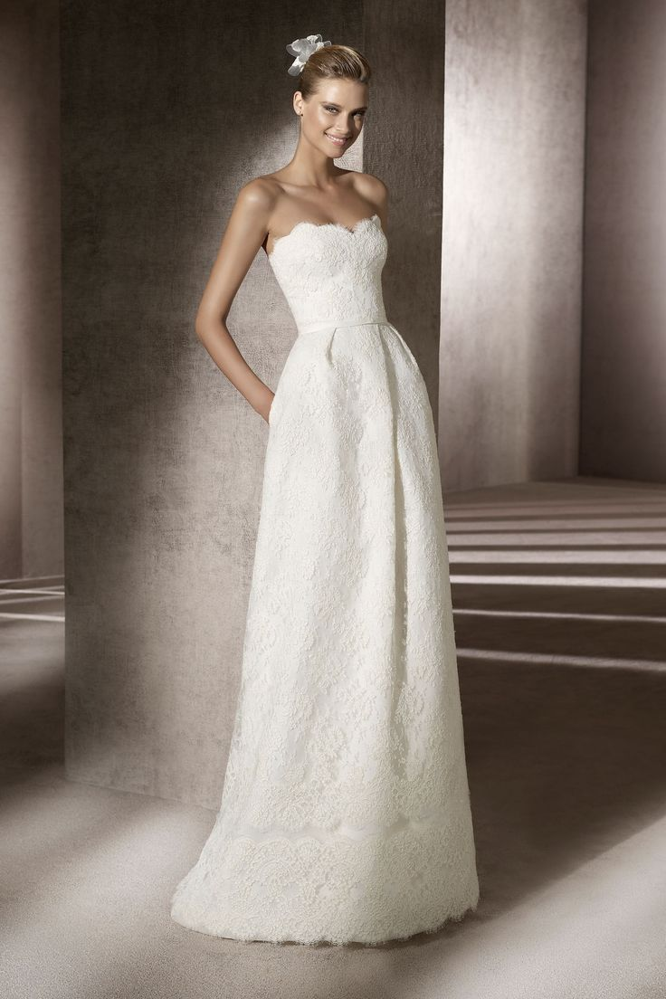 2372 best wedding dresses images on pinterest wedding dressses browse hundreds of wedding dresses from vera wang jenny packham oscar de la renta ombrellifo Image collections