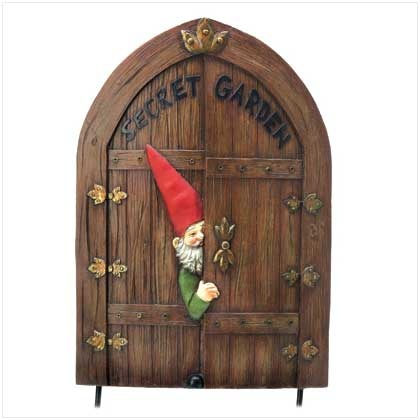41 best images about outdoor fence decor on pinterest for Outdoor fairy door