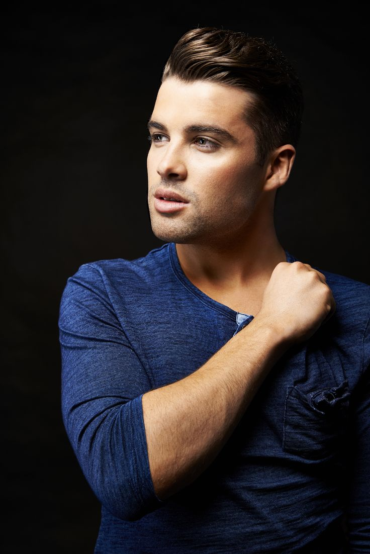 X-FACTOR winner Joe McElderry is hitting the road with a brand new show after the sell-out success of last year's nationwide tour. The Evolution Tour features new numbers and new routines which will entertain his fans, old and new. His unmistakeable voice, easy wit and warm rapport have endeared him to all ages from 5 to 95.