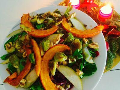 b.alive - the art of gourmet raw cuisine: Radicchio und Feldsalat mit Wurzelpetersilie im Ap...
