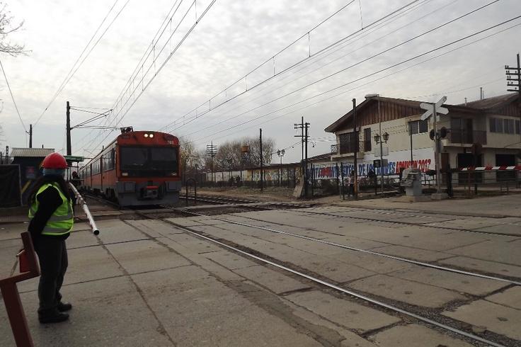 Cruce ferroviario #Graneros, AV. La Compañía.