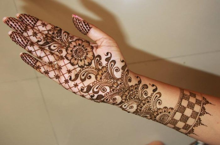 Front Hand Beautiful Front Hand Mehndi Designs Latest