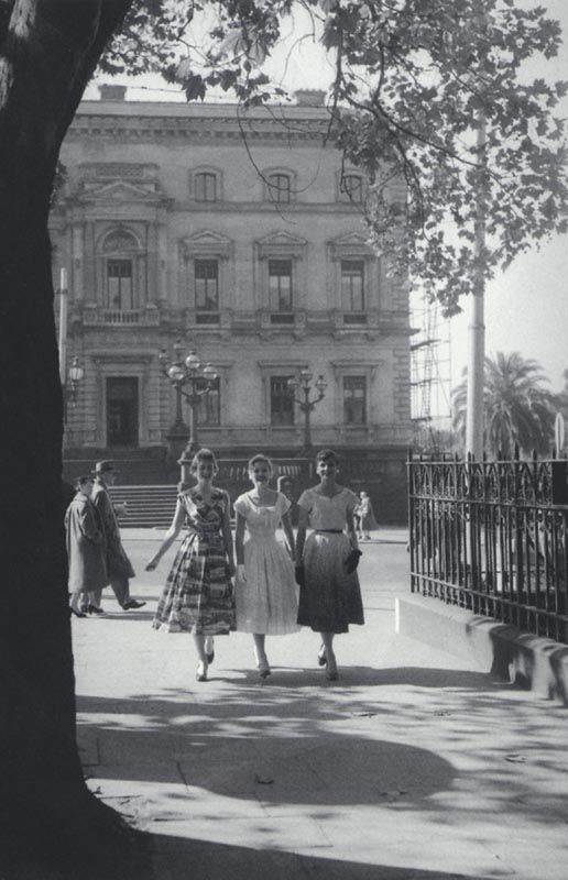 Collins St Melbourne Australia 1950's. Love the frocks! (comment courtesy previous pinner )