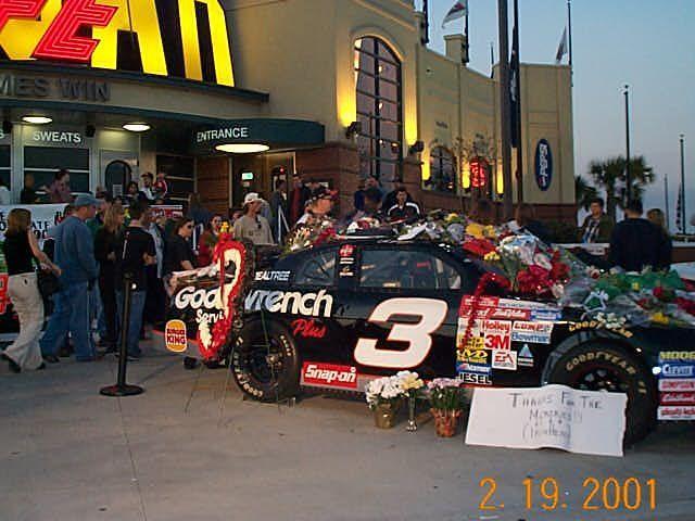 dale jr memorial day car