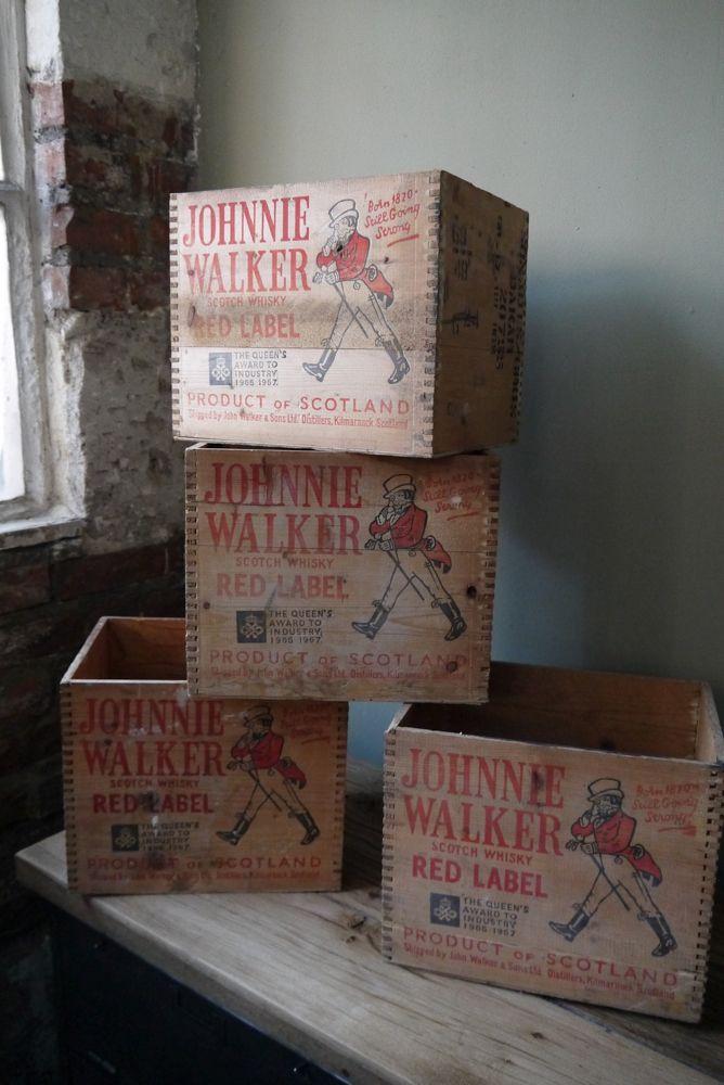 Ancienne caisse bois johnnie walker d cot dudesign - Mobiliario vintage industrial ...