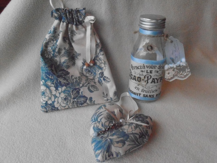 Vintage style embellished fabric heart, little matching bag and altered bottle