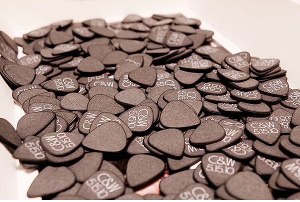 Guitar Picks for your rock n' roll wedding!